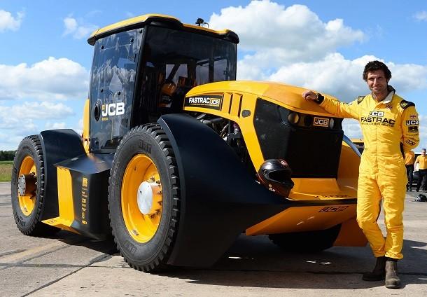 Le tracteur Fastrac bat le précédent record de vitesse britannique
