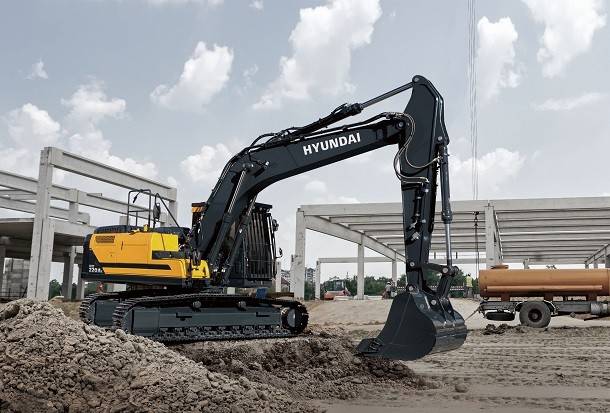 HX220AL, la nouvelle pelle série A de Hyundai