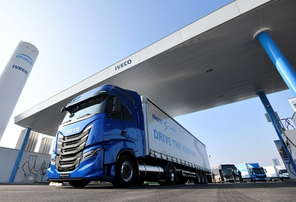 Iveco et Engie s'engagent: 1 an de carburant gratuit pour 100 camions GNV