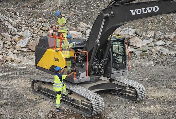 EC250E et EC300E, les nouvelles pelles hydrauliques Volvo