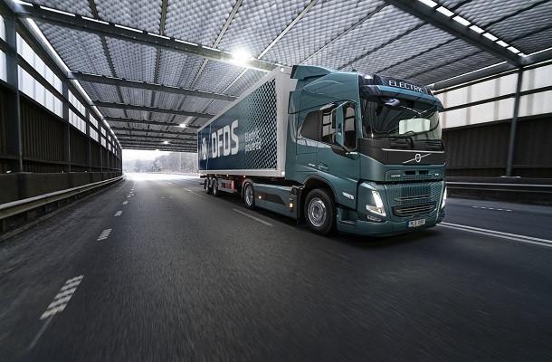 Volvo Trucks et DFDS en route vers l'électrique