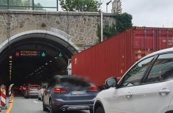 Caos sulle autostrade liguri: Trasportounito chiede di derogare ai divieti di circolazione