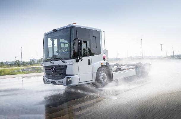 Mercedes-Benz teste l'eEconic