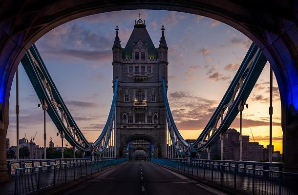Manque de conducteurs au Royaume-Uni: des visas de travail et formations pour les routiers