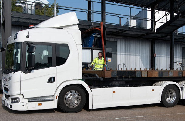 Scania teste ses batteries dans un nouveau laboratoire