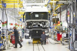 New industrial vehicle registrations in the EU in 2014