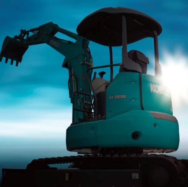 Kobelco SK30SR-6 e SK35SR-6 : due nuovi escavatori sul mercato