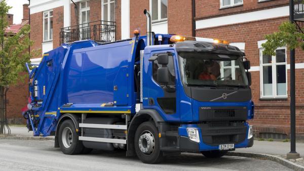 Une BOM Volvo FE fonctionnant au GNV.