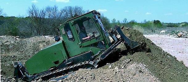 focus sur le bulldozer a u00e9rolargable militaire