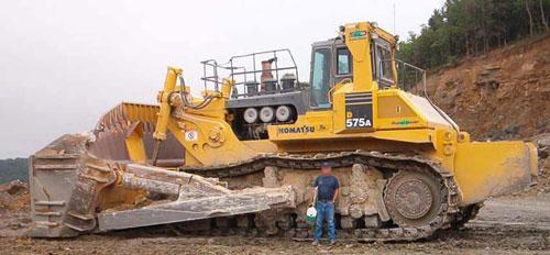 Bulldozer Komatsu D575A